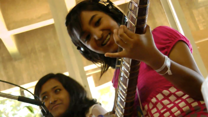 Estudante da India (Sitar)